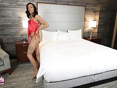Christen The Vixen Strokes Her Cock