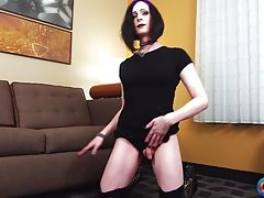 Lynn Landra is coming from Seattle and she makes her Grooby Girls debut today in another episode of our `Try Out Tuesday` series! Discovered by Radius Dark, Lynn has a very Seattle/vampiric vibe about her. She seems very dark and dominant, but is actually