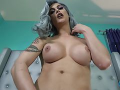 Domino Presley, the superstar and OG Grooby Girl, returns for another edition of `Cumshot Monday`! Domino shows why she's always at the top of her game as she strokes her cock and shows off that world class ass as only she can do. Enjoy watching gorgeous