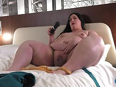 Gorgeous Shemeatress made an amazing debut two weeks ago! This beautiful girl returns today for another one! She`s about to show off those amazing curves and that thick juicy ass of hers again! Watch her playing with her cock and cumming just for you! We